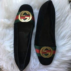 Rare Gucci suede leather traditional GG logo flats